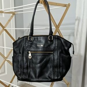 (Almost New) Leather Calvin Klein Bag